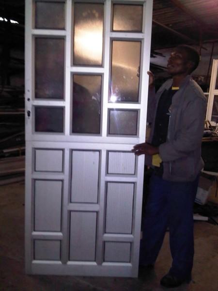 . Aluminium Doors   StarLite Aluminium