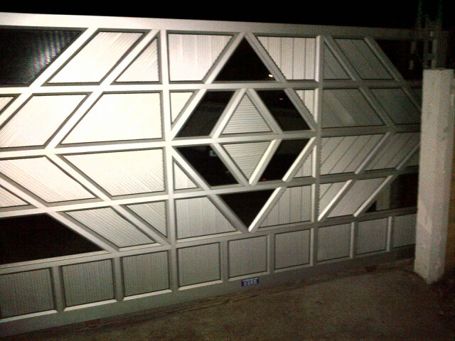 best aluminium company. aluminium. glass. doors. windows. garage. shower door. shop fronts. roof lites. glass shops in durban. & Garage doors - StarLite Aluminium